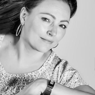 Over een rode kater, schrijven en irritatiefactortjes: Angelique Haak