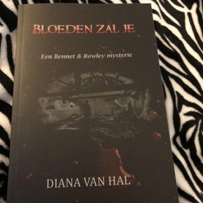 Bloeden zal je – Diana van Hal