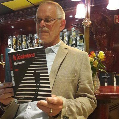 Over mollen, schaduwen en gedichten: Johan Zonnenberg