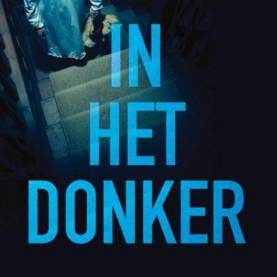 In het donker – Cara Hunter