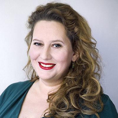 Interview: Jackie van Laren