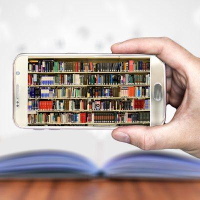 Moordwijven schrijven: Ontlezing door de Mobiele Revolutie van de Jaren 10